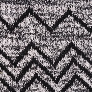 Black-White Knitted Fabric With Zig-Zag Deseign